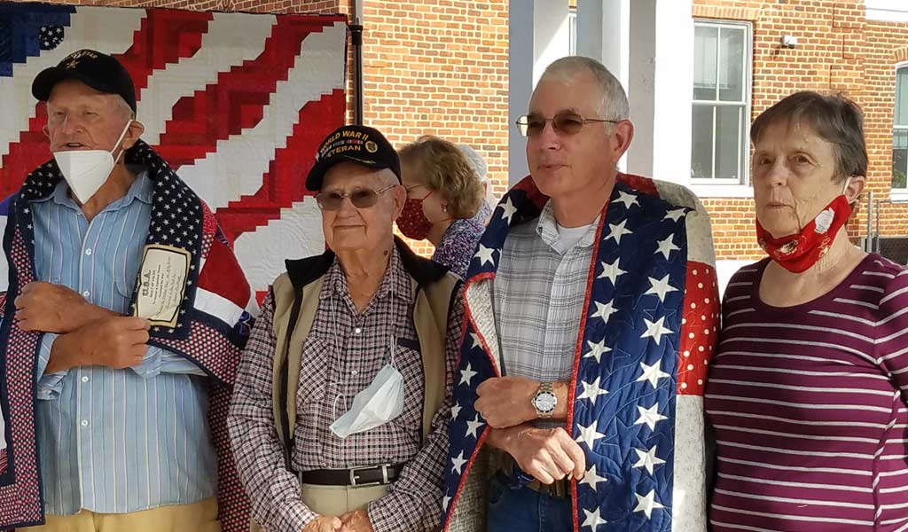 Quilts of Valor Honors David Morrow and Foster Ray
