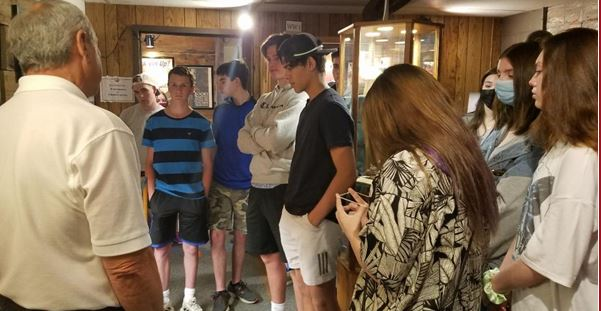 Home School Students Tour Museum